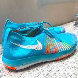 Nike Free Transform Flyknit Running Shoes